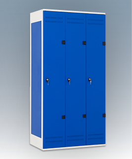 3-door clothes lockers